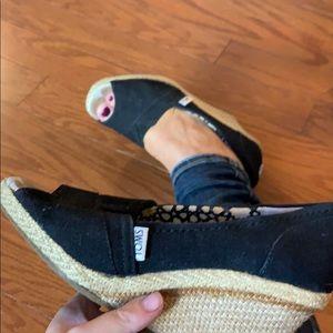 Tom's Classic Peep Toe Wedge Size 6